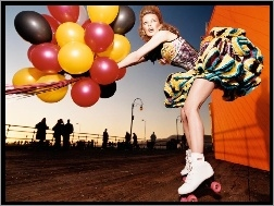 Balony, Kylie Minogue, Wrotki