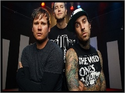 Travis Barker, DeLonge, Thoma, Rock, Mark Hoppus