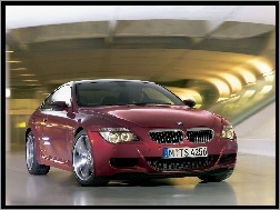 Bordowe, BMW 6