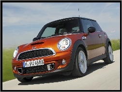 BMW, Mini One, Koncern