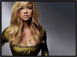 buźka, Denise Richards