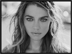 oczy, Denise Richards