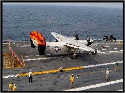 Grumman C-2 Greyhound, Carl Vinson