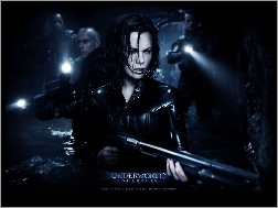 Kate Beckinsale, tunel, Underworld, broń