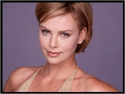 usta, Charlize Theron, beżowe