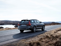 Volvo V90 Cross Country T6, 2016
